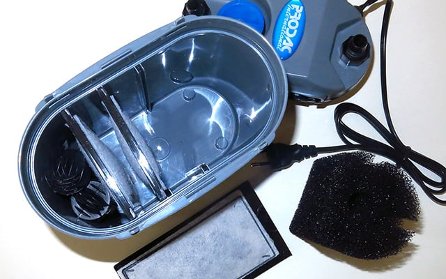 Come montare un filtro esterno: DF400