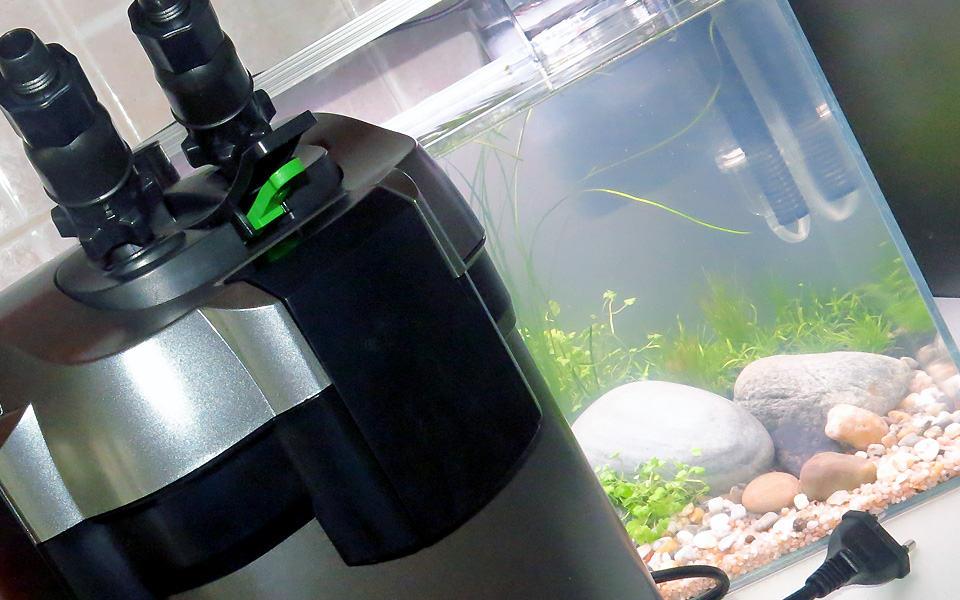 Filtro esterno per acquario